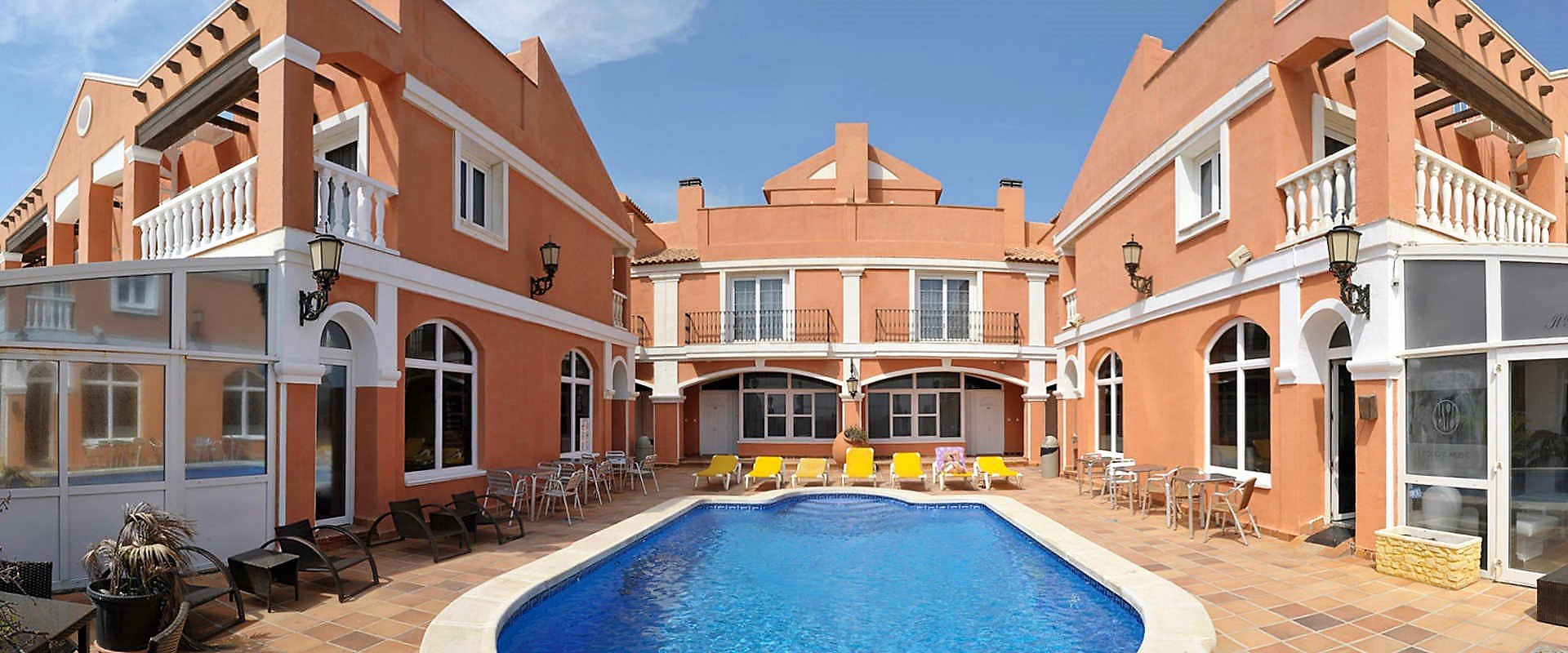 Explore a Aparthotel full of surprises Lloyds Beach Club Aparthotel Torrevieja, Alicante